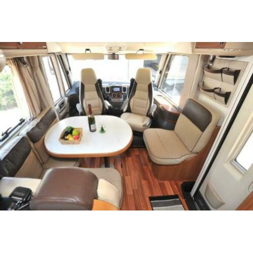 Hymer B 614 SL star edition 3.0 jtd 156 pk model 2010