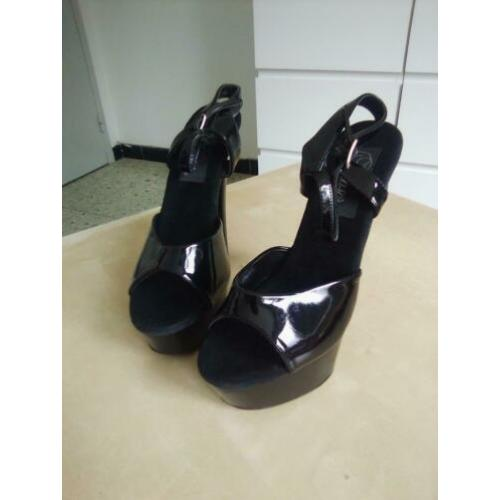 High heels pleaser maat 37