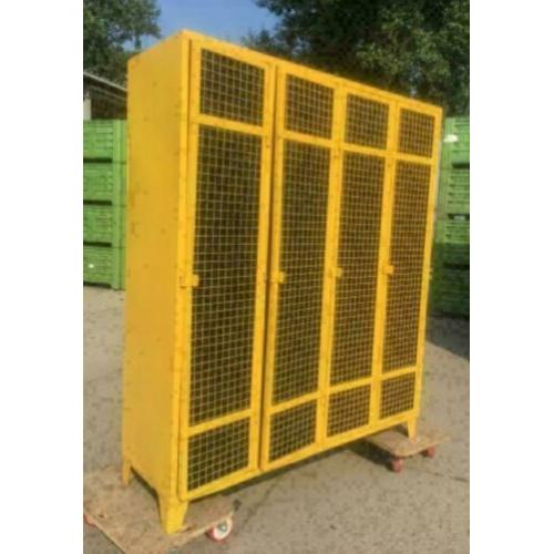 lockerkast / kast metalen / industrieel / oude kast /gepimpt